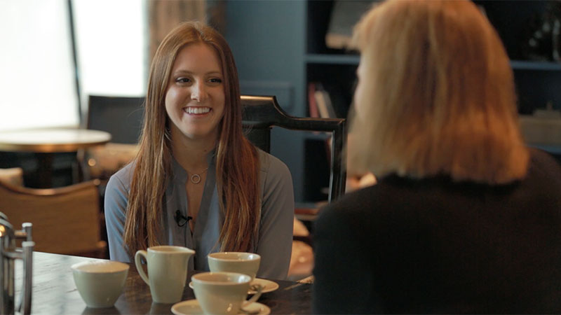 Visa CMO Lynne Biggar interviewed by Associate from the 2016 New Graduate Program Fiona Alfait on leadership, networking, and standing your ground.